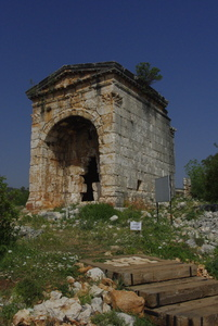 Temple tomb, Kanytelleis